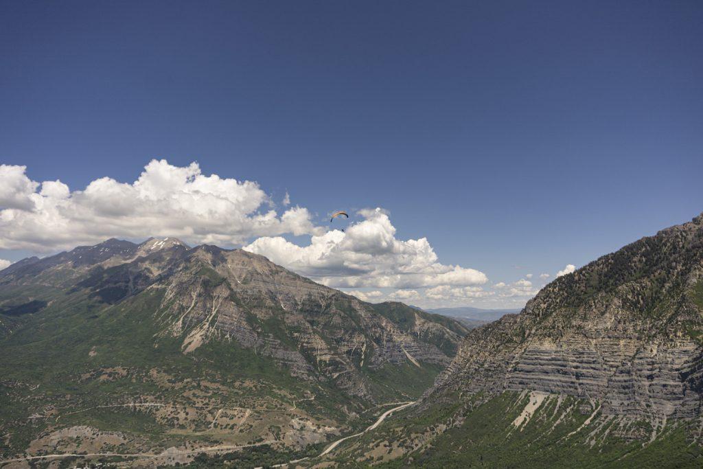 Paragliding above Inspo